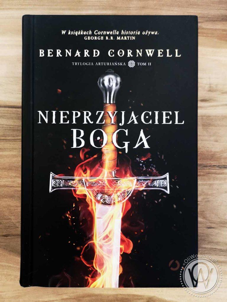 Bernard Cornwell Nieprzyjaciel Boga